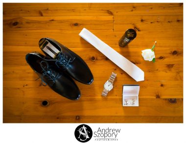 grooms details shoes, belt and tie