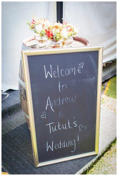 Camden-Valley-Inn-wedding-reception-in-marquee_0367