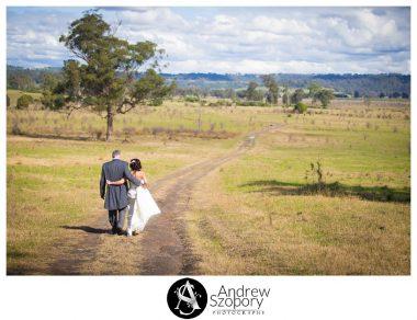 Camden-Valley-Inn-wedding-reception-wedding-photographer-Macarthur_0297